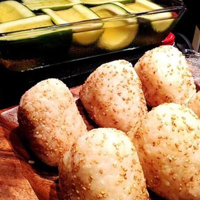 北海道産鮭の贅沢オニギリ